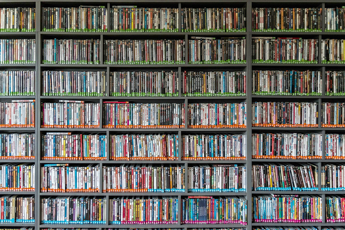 Books CD's DVDs Blu-Ray